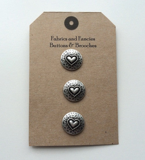 Hammered Heart 18mm Buttons