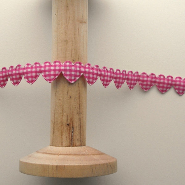 15mm Gingham Heart Trim in Hot Pink