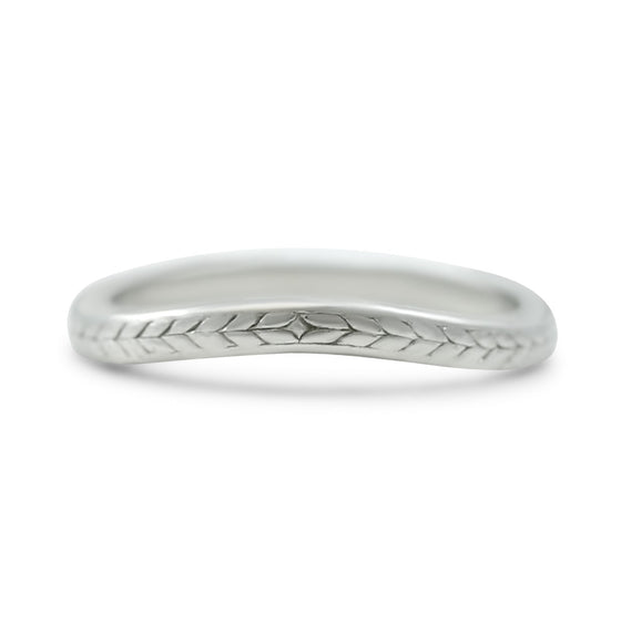 platinum engraved pattern antique wedding band circa 1930 contour band
