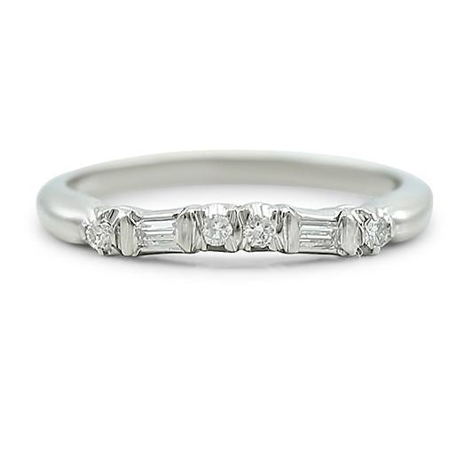 18k white gold and diamond estate wedding band