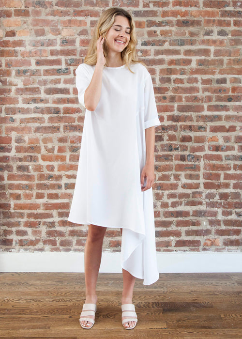 "CASCADE DRESS ""PETITE FIT"" — SILKY (WHITE)"