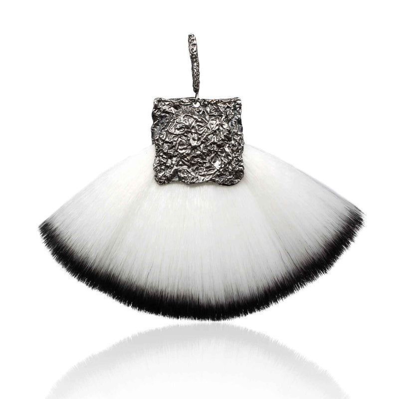 CANVAS Statement earrings FAN BRUSH Stick large- Black & White