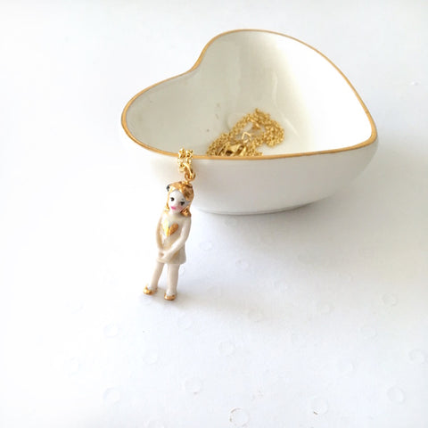 Miniature porcelain doll necklace - Lilly Love .. Lilly Love- collier poupée miniature en porcelaine