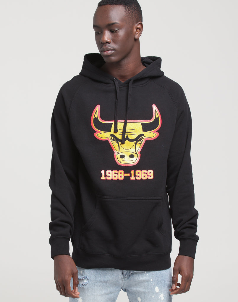 Mitchell & Ness Chicago Bulls Gold Foil Word Mark Hood Black/Gold/Red