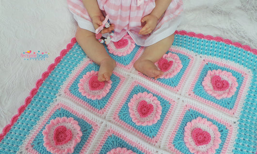 Cupcake Heart blanket UK