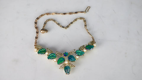 Mid Century Thermoset Necklace Green Leaf Leaves Iridescent AB Aurora Borealis