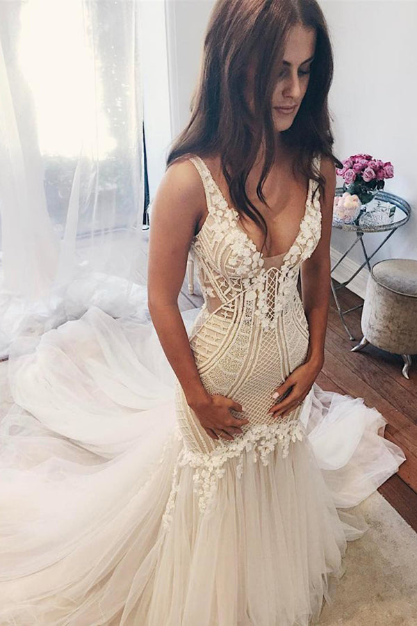 Charming V Neck Lace Handmade Appliques Wedding Dresses W363