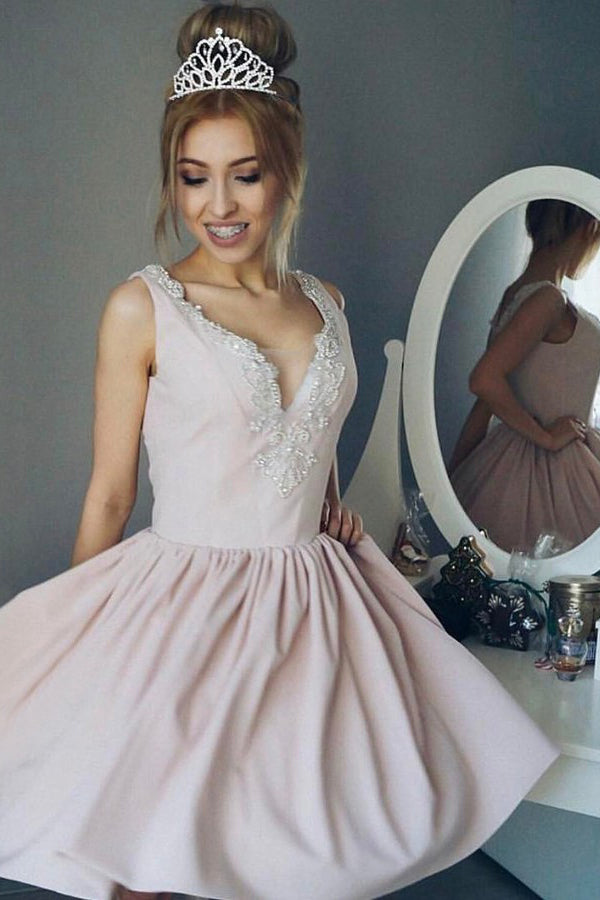 Deep V Neck Homecoming Dress,Sleeveless Beading Short Prom Dress H181