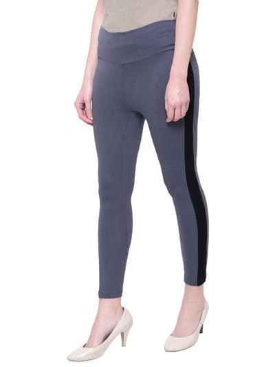 "Grey & Black ""Contrast stitch"" Yoga Pants"