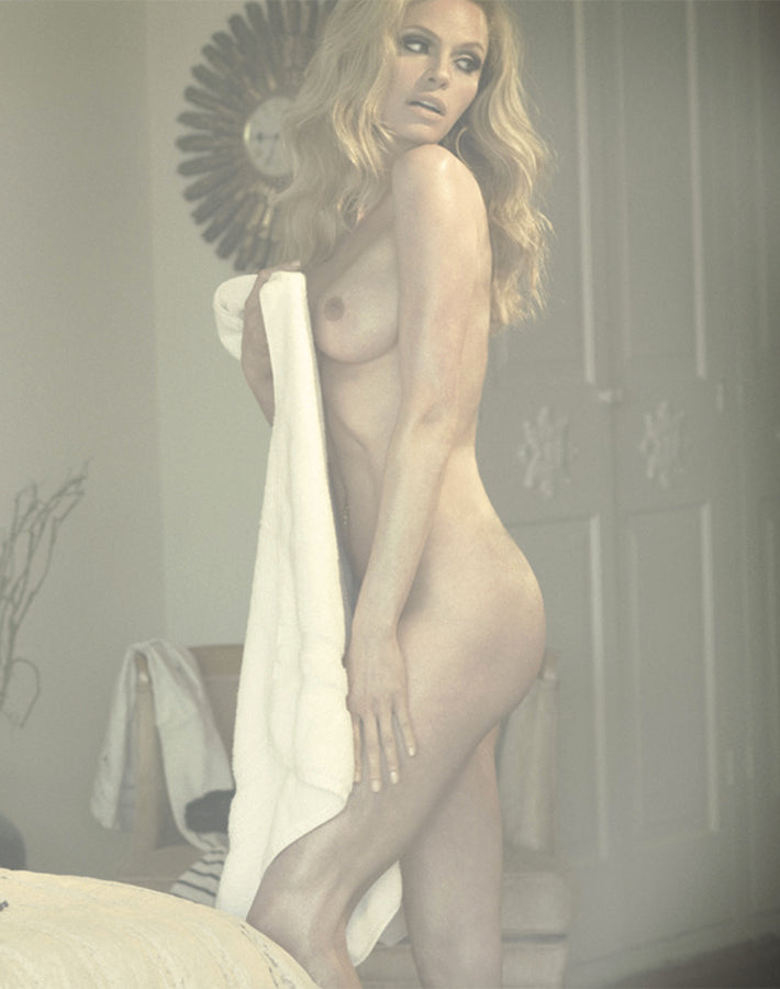 Treats Magazine - Fashion nude photography, treats! Issue 1 - Elsa Hosk