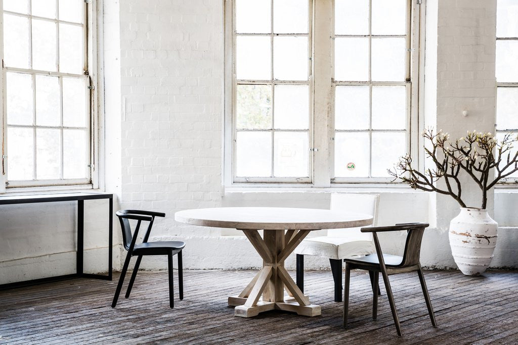 Bruges Round Dining Table