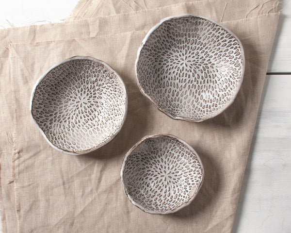 Petal Collection Nesting Bowl Set of 3 Handmade Organic Stoneware Ceramic Pottery Serving Dish
