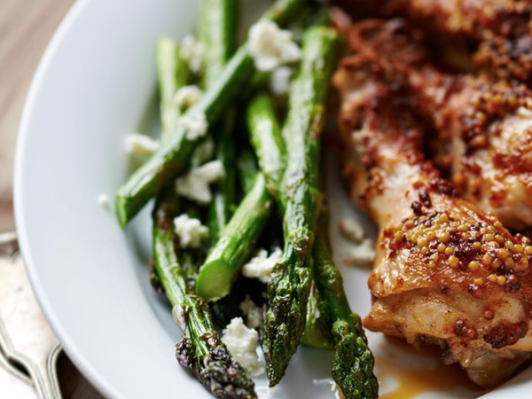 Honey Mustard Drumsticks With Asparagus