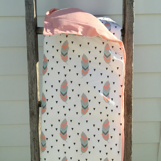 Feather with triangle cot quilt with peach sprinkle dot