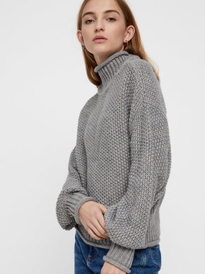 HIGH-NECK LOOSE SWEATER