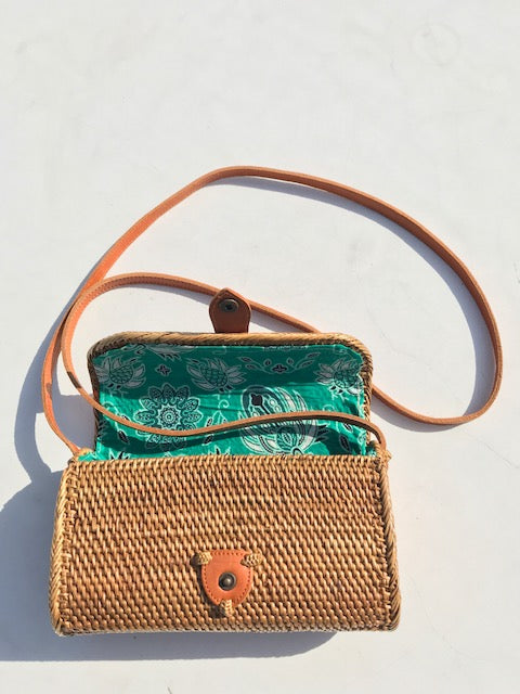 Strawbag crossbody bag wallet fair trade bohemian