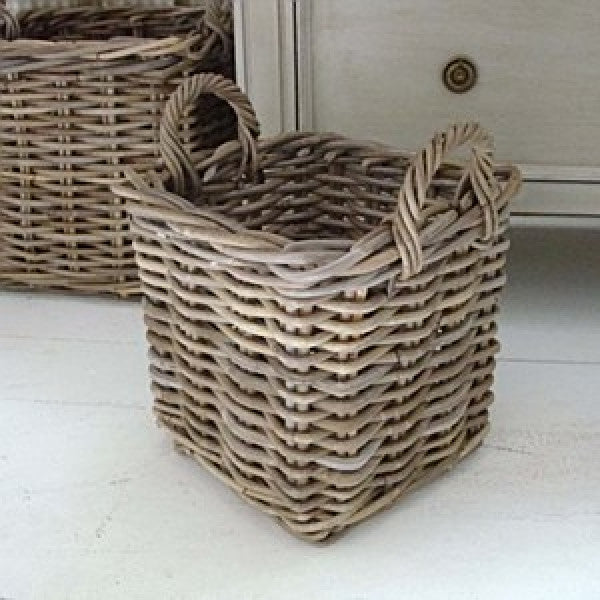 medium square basket