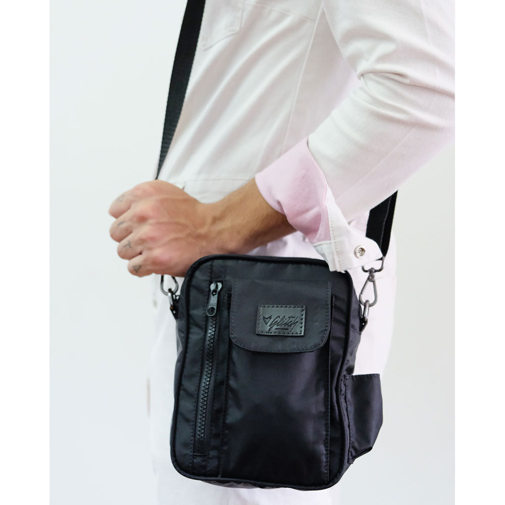 shoulder bag bolsa transversal preto nylon Glitch