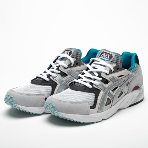 products/ASICS-SNEAKERPUMPS-SILVER-2.jpg