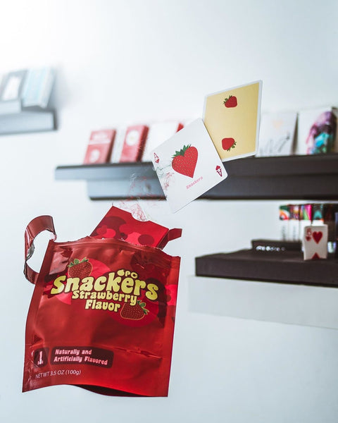 Snackers Playing Cards by Riffleshuffle Strawberry Flavor + Bag + Sticker