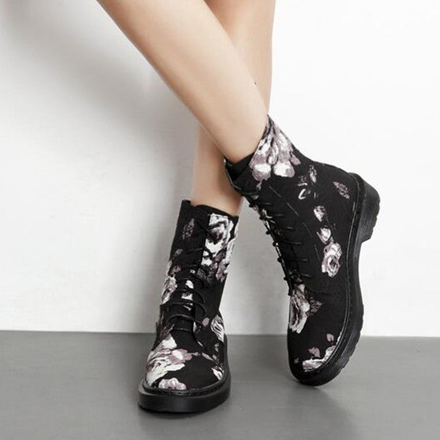 Floral Print Lace Up Chic Boots