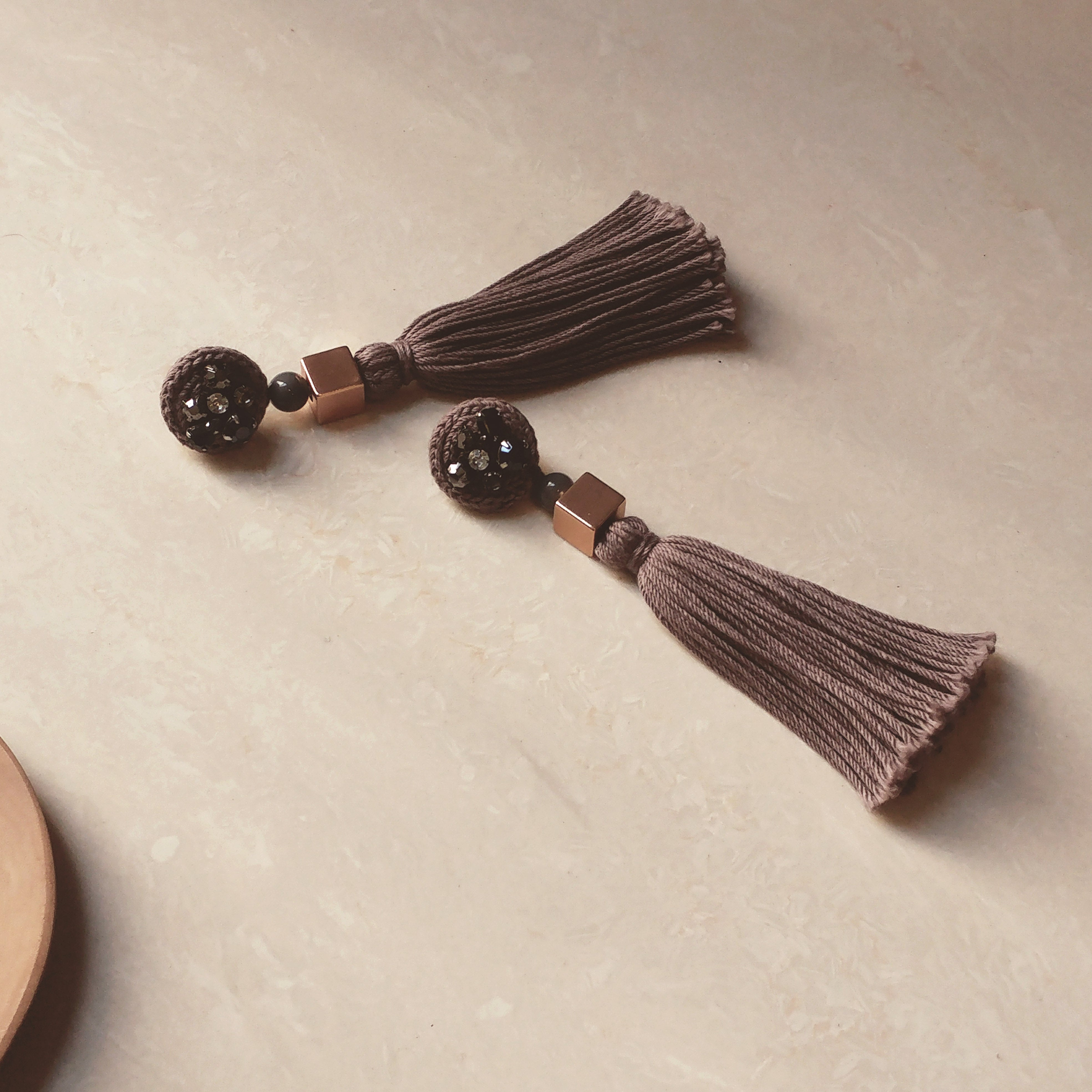 In Set: Handmade fringed earrings and Hand woven bracelet with little flower - Brown
