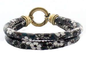 "Flowers Printed Double Layers Synthetic Leather with Metal Circle Shape Closure Bracelet, 19cm (7.5"")"