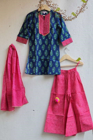 Beautiful Pakistani Clothing for Kids in Cheap