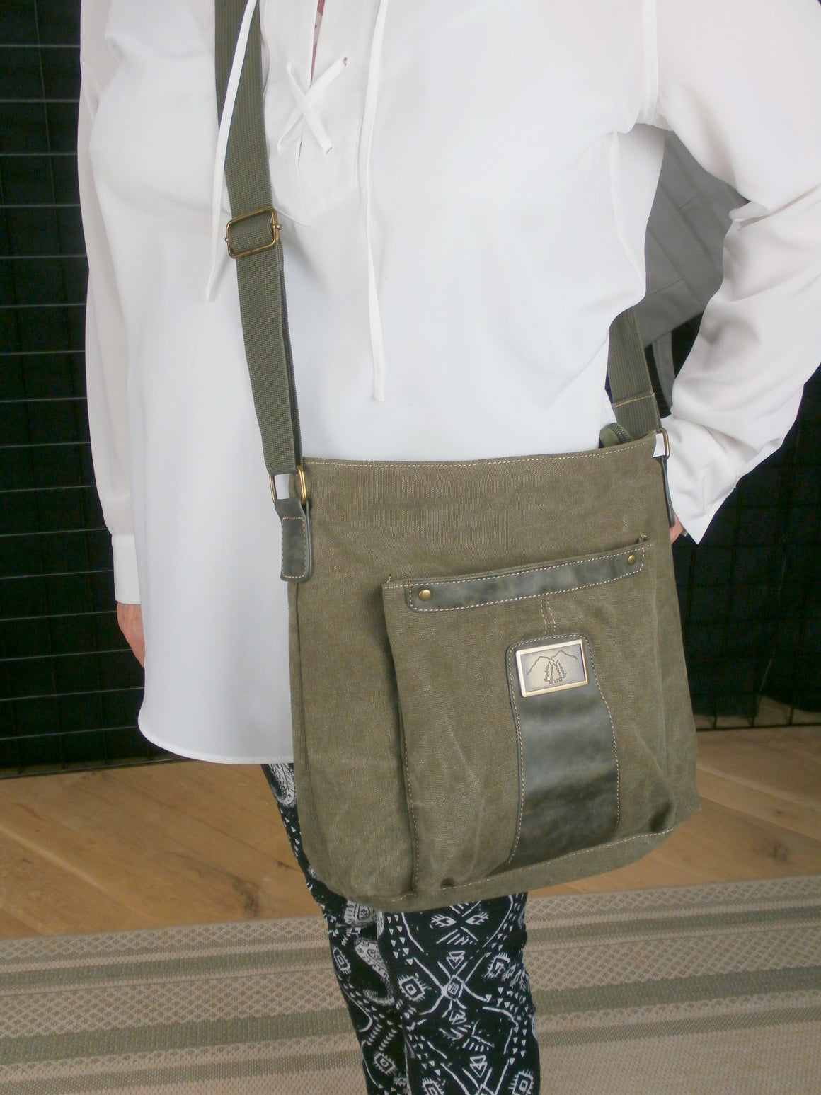 "Camille Conceals ""Boulder Bag"" Canvas Concealed Carry Messenger Bag"
