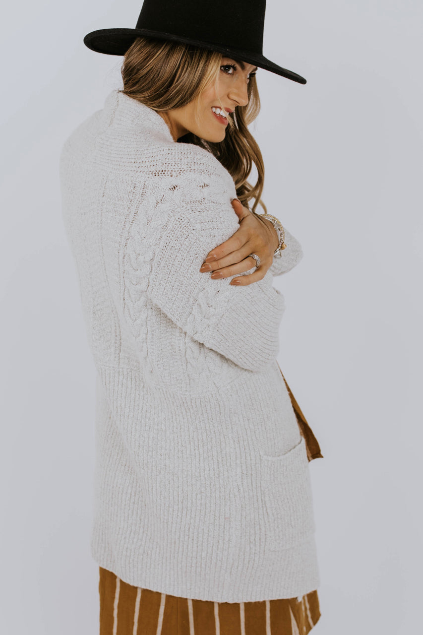 Cozy Cardigan Sweater Outfit | ROOLEE