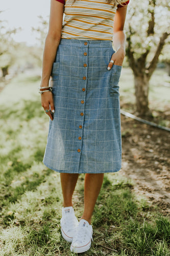 Roosevelt Linen Midi Skirt in Denim | ROOLEE