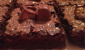 Chewy fudgy brownies - snickers - saysurprise