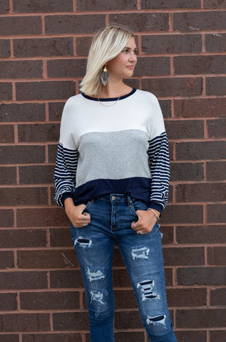 ALL OF THE COLORS NAVY COLOR BLOCK TOP