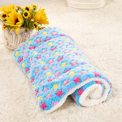 Gorgeous Soft Pet Blanket for your Puppy, Dog, Kitten or Cat - Small / Medium / Large - FOURPAWPALS