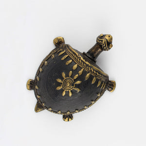 simple, captivating and handmade brass tortoise for an eclectic decoration