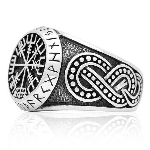 Vegvisir and Runes Ring