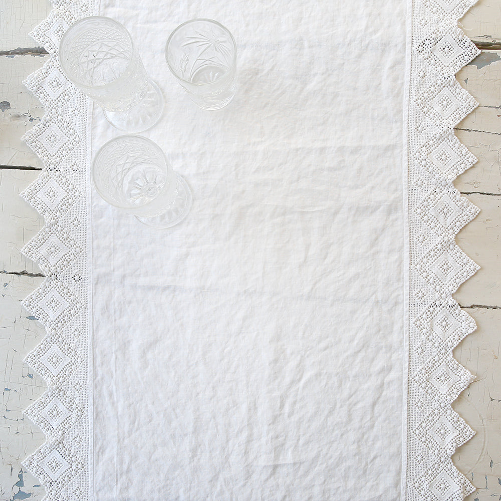 Cluny Lace White Table Runner