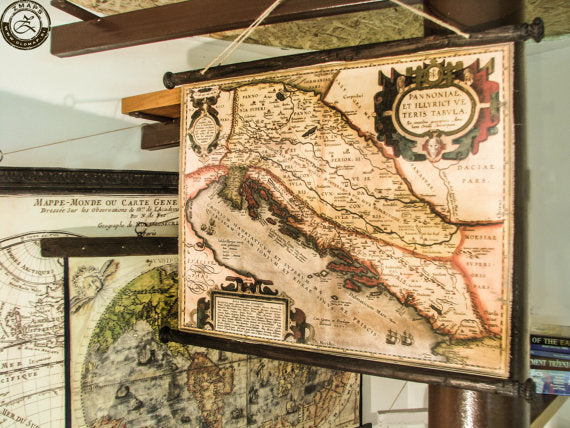 Pull down chart showing the Adriatic sea in 1590,  size 27'' x 20'' / 70cm x 53cm