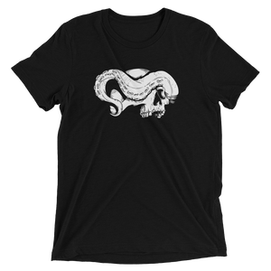 Front view skull and tentacle short sleeve shirt