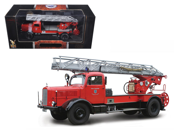 1944 Mercedes L4500F Fire Engine Red 1/24 Diecast Model by Road Signature