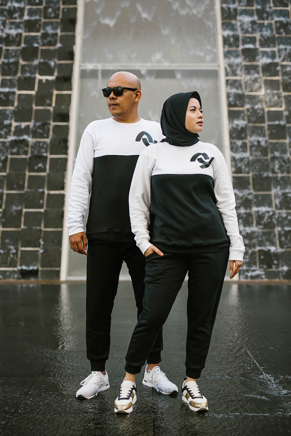 #AYTRACKSUIT Black and White