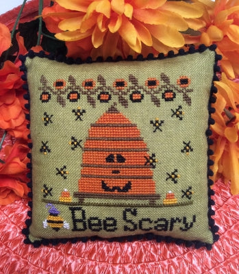 Bee Scary - Needle Bling Designs