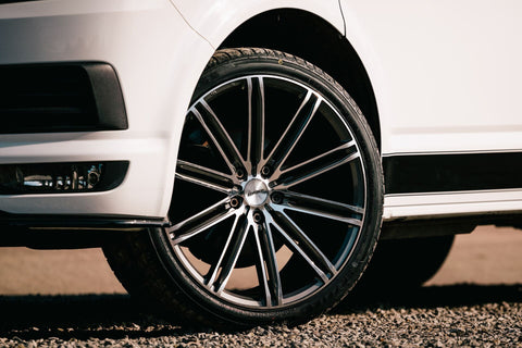 "CALIBRE CC-I 20"" WHEEL & TYRE PACKAGE (GUNMETAL/POLISHED)"