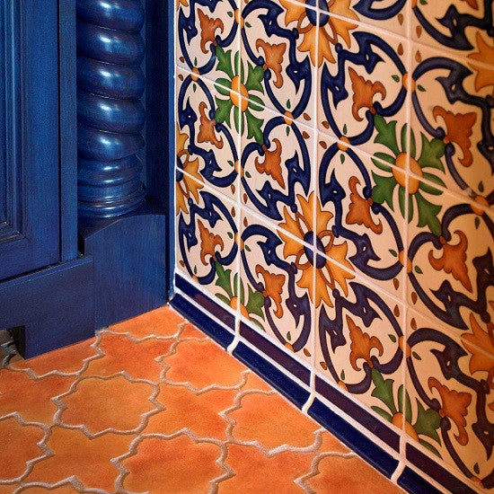 Spanish Tiles Give Sunny Disposition to Home