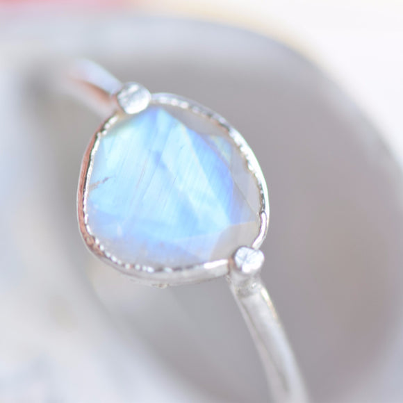ROSE CUT GALEXY MOONSTONE RING IN FINE SILVER