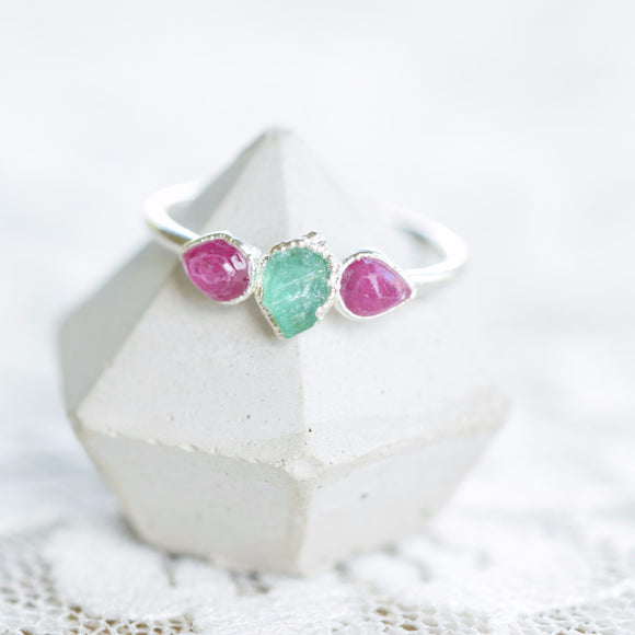 RAW EMERALD AND ROSE CUT RUBY RING IN FINE SILVER
