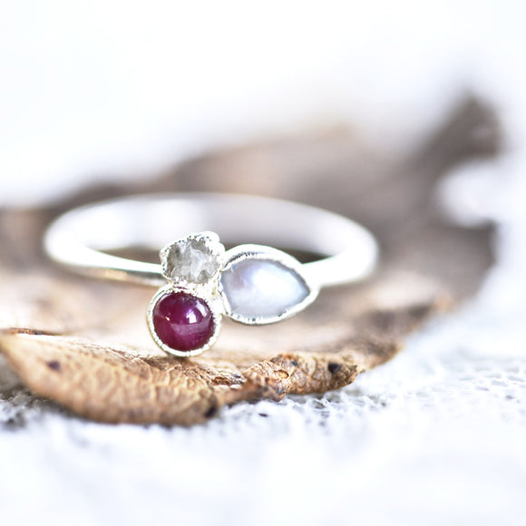 RUBY, PEARL AND ROUGH DIAMOND RING IN FINE SILVER