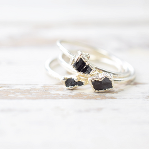 REAL ENGLISH COAL RING IN FINE SILVER