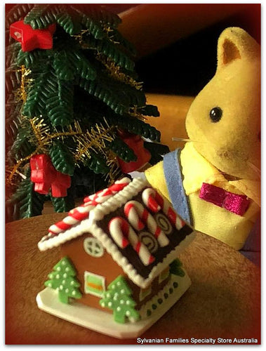 Sylvanian Families Christmas Candy Cane Gingerbread House