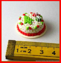 Christmas dollshouse miniature cake